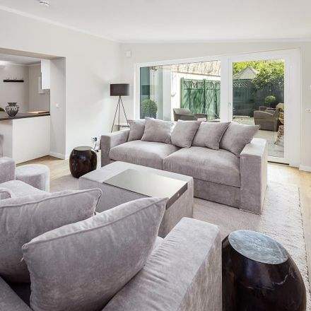 Rent this 1 bed apartment on Oberstraße 140 in 20149 Hamburg, Germany