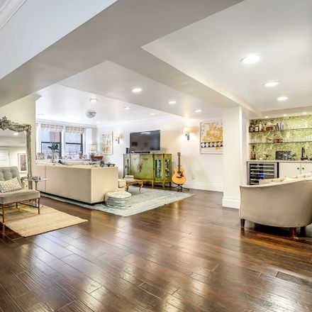 Rent this 3 bed condo on 205 East 16th Street in New York, NY 10003