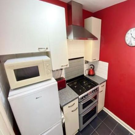 Rent this 2 bed apartment on Bikechain in 1417 Dumbarton Road, Glasgow City G14 9XS