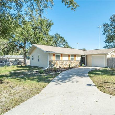 Rent this 3 bed house on 8165 West Cecil Lane in Homosassa Springs, FL 34446