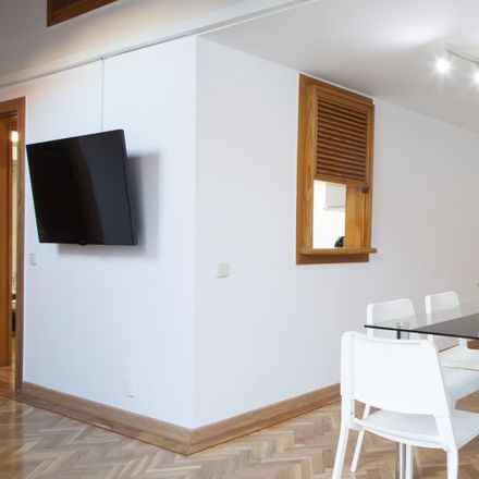 Rent this 2 bed apartment on Calle del Barquillo in 30, 28004 Madrid