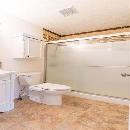 Rent this 3 bed house on Glenwood Intermediate School in Vernon Avenue Northwest, The Knolls