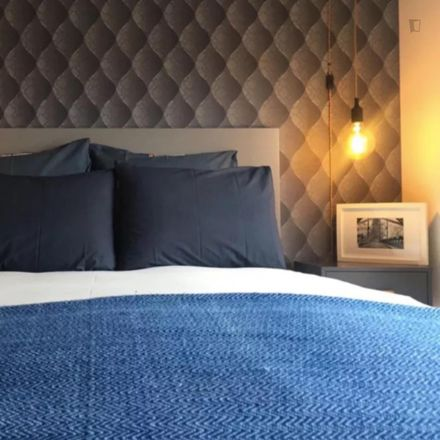 Rent this 1 bed apartment on Porto dos Gatos in Avenida de Rodrigues de Freitas 95, 4049-017 Bonfim