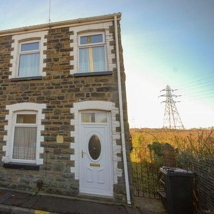 Rent this 3 bed house on Howell Road in Briton Ferry, SA11