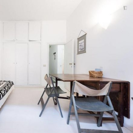 Rent this 1 bed apartment on Torre dei Nerli in Via dei Guicciardini, 50125 Florence Florence