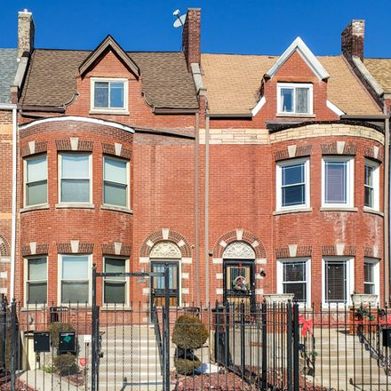 Rent this 4 bed house on 1502 East Marquette Road in Chicago, IL 60637
