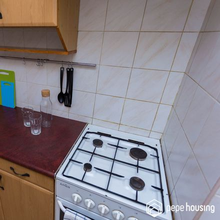 Rent this 3 bed room on Icchoka Lejba Pereca 13/19 in 00-849 Warsaw, Poland