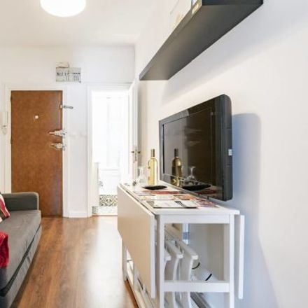 Rent this 4 bed apartment on Residencia San Fernando in Calle del General Ricardos, 175