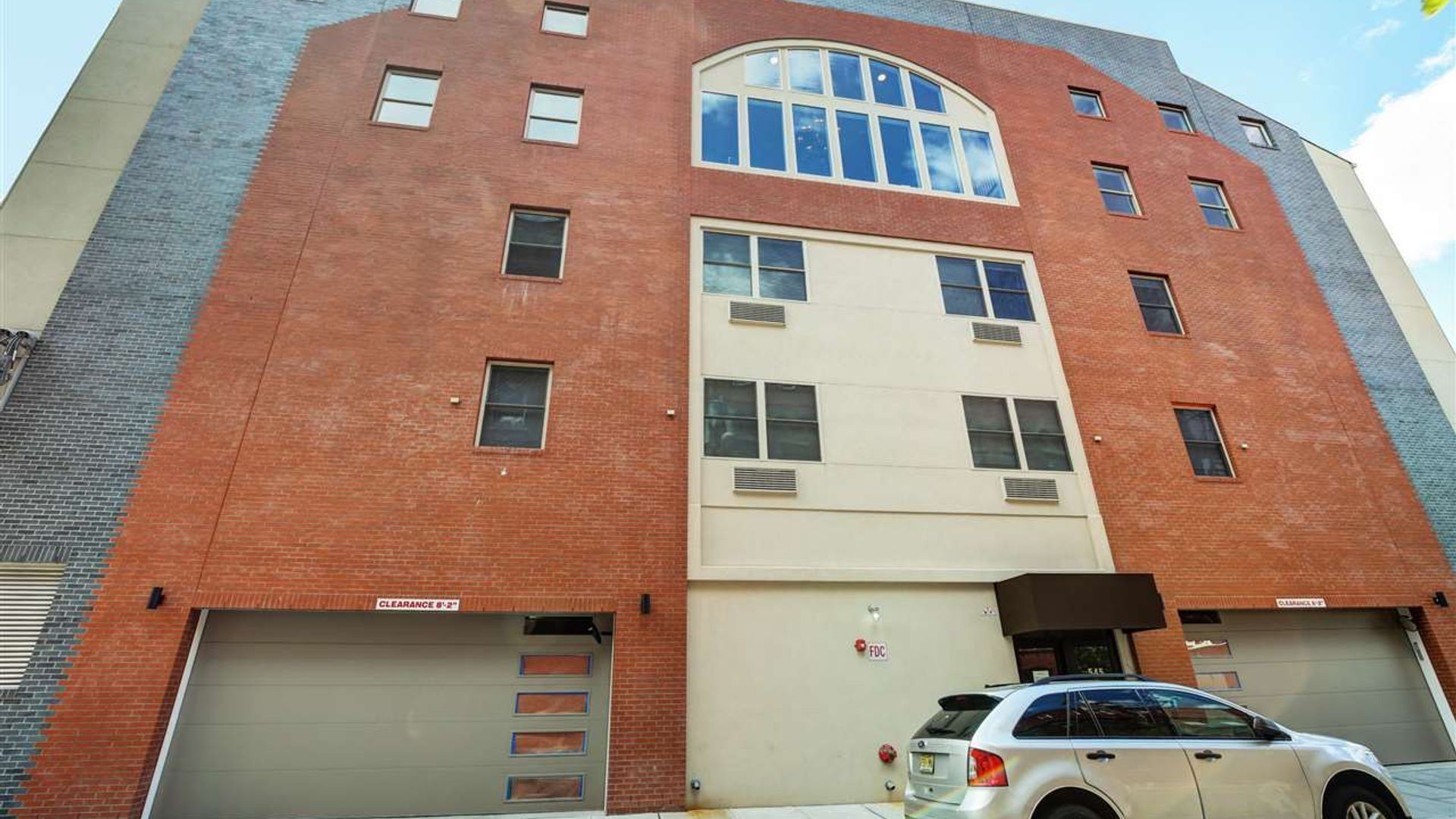 Apartment at 545 39th Street, Union City, NJ 07087, USA ...