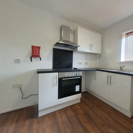Rent this 3 bed apartment on Countisbury Avenue in Cardiff, United Kingdom