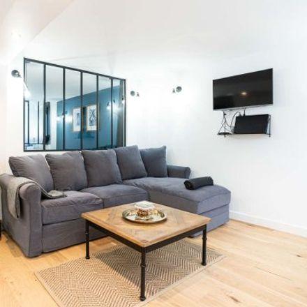 Rent this 3 bed apartment on 11 Cité Falguière in 75015 Paris, France