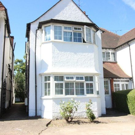 Rent this 3 bed apartment on Golders Green Day Nursery in Golders Green Road, London NW11 9AY