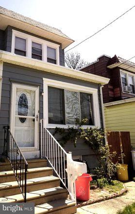 Rent this 3 bed townhouse on Pennsauken Township in 1836 44th Street, Merchantville