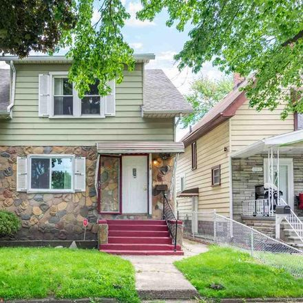 Rent this 3 bed house on Fairmont St in River Rouge, MI