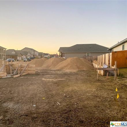 Rent this 3 bed house on Gary Cir in San Marcos, TX