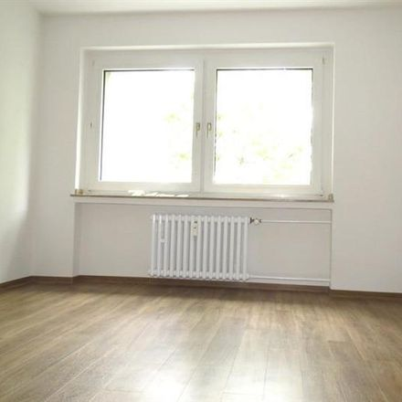 Rent this 2 bed apartment on Mintarder Weg 10 in 40472 Dusseldorf, Germany