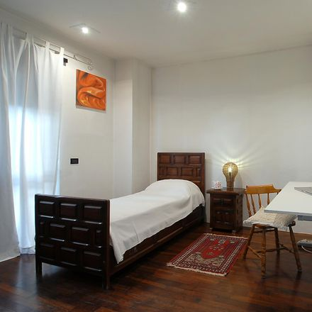 Rent this 3 bed room on Via Tommaso Silvestri in 20, 00135 Rome RM