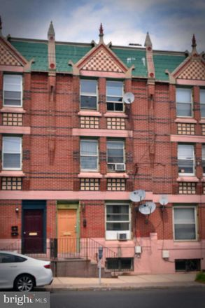 Rent this 6 bed townhouse on 154 West Hanover Street in Trenton, NJ 08618