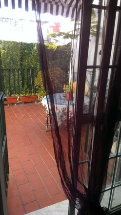 Rent this 6 bed room on Calle Monte Olivete in 20, 41007 Sevilla