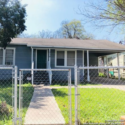 Rent this 2 bed house on 1310 West Hermosa Drive in San Antonio, TX 78201
