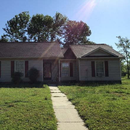Rent this 3 bed house on 200 Sugarwood Ct in Jacksonville, NC