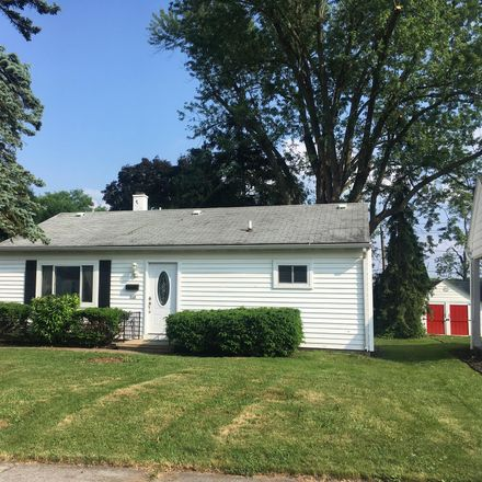 Rent this 3 bed house on TechTakodah in 112 West Roosevelt Avenue, Middletown