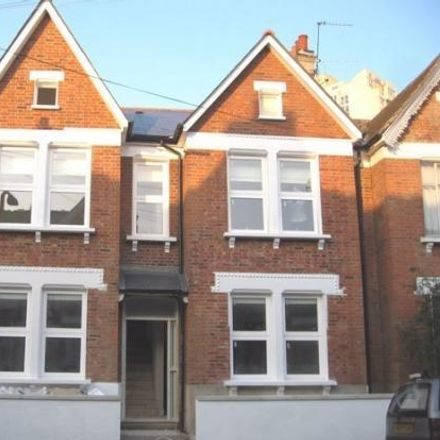 Rent this 2 bed house on Stirling Road in London SW9 9EE, United Kingdom