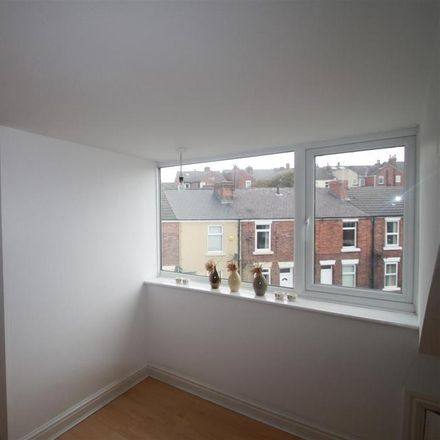 Rent this 2 bed house on Psalters Lane in Rotherham S61 1HS, United Kingdom