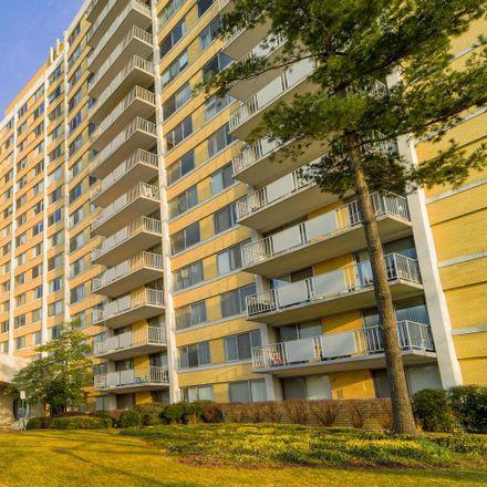 Rent this 2 bed condo on The Fountains Condominium in 301 North Beauregard Street, Alexandria