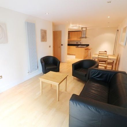 Rent this 2 bed apartment on 41 Millharbour in London E14 9JU, United Kingdom
