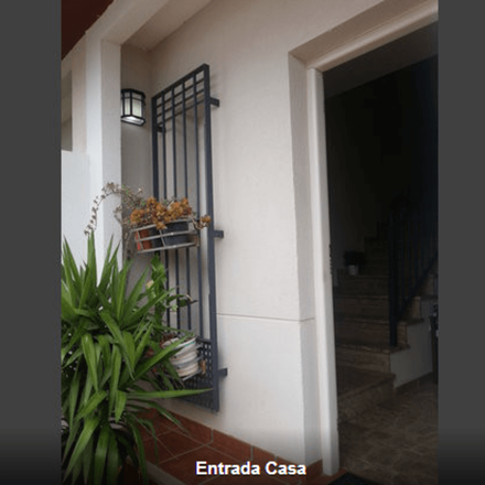 Rent this 2 bed house on Castilleja de la Cuesta in El Faro, ANDALUSIA