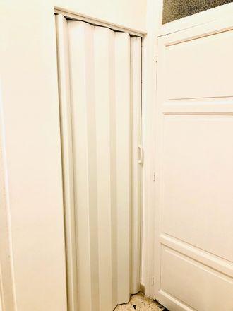 Rent this 3 bed room on Via Vincenzo Mortillaro in 90127 Palermo PA, Italia
