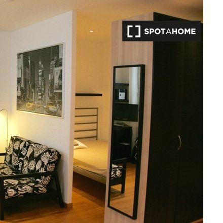 Rent this 0 bed apartment on Rue de la Filature - Spinnerijstraat 11 in 1060 Saint-Gilles - Sint-Gillis, Belgium