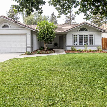 Rent this 3 bed house on 7187 North Bain Avenue in Fresno, CA 93722