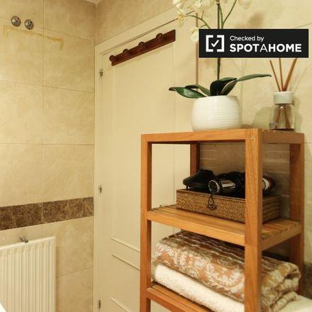 Rent this 1 bed apartment on Calle de la Cava Alta in 6, 28005 Madrid