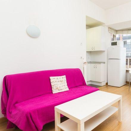 Rent this 1 bed apartment on Lidl in Calle de Rodríguez San Pedro, 22
