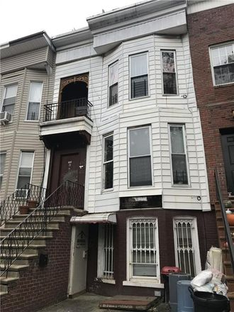 Rent this 6 bed townhouse on 722 Chauncey Street in New York, NY 11207