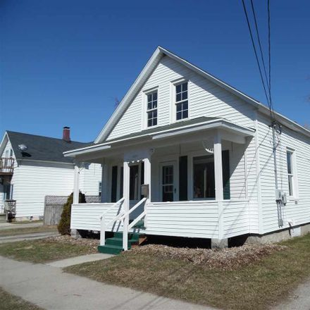 Rent this 3 bed duplex on 1171 Harvey Street in Green Bay, WI 54302