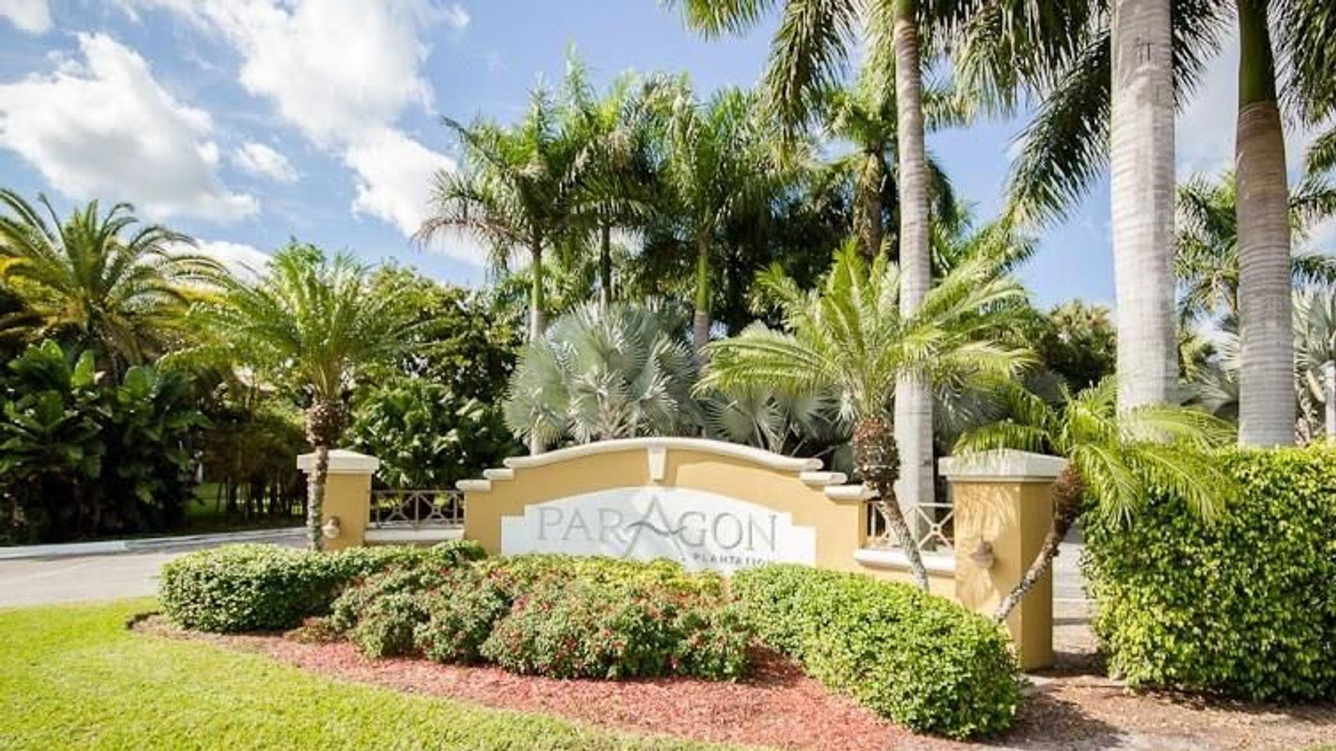 3 bed apartment at E Plantation Cir, Fort Lauderdale, FL ...