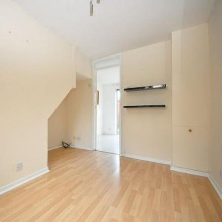 Rent this 2 bed house on Meadvale in Tower Hill RH12 1UL, United Kingdom