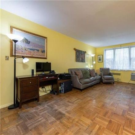 Rent this 2 bed condo on Congressional in 609 Kappock Street, New York