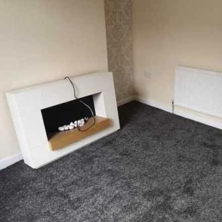 Rent this 2 bed house on Perry Street in Darwen BB3 3DG, United Kingdom