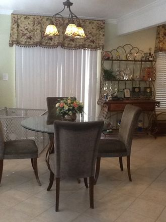 Rent this 1 bed apartment on 449 North Orchard Drive in Burbank, CA 91506