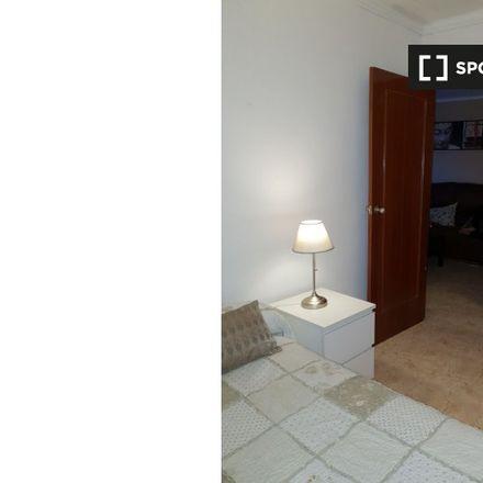 Rent this 3 bed apartment on Can Vidalet in Carrer de l'Eucaliptus, 08906 Esplugues de Llobregat