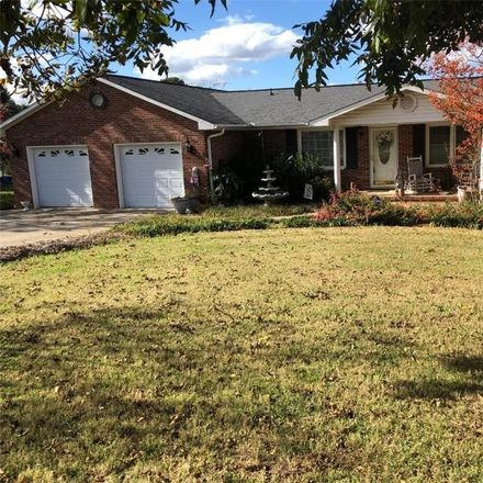 Rent this 3 bed house on 109 Carson Dr in Starr, SC