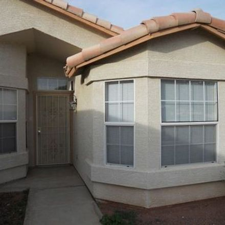 Rent this 3 bed apartment on 9054 West Monte Vista Road in Phoenix, AZ 85037