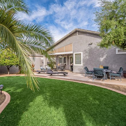 Rent this 3 bed house on E Zinnia Pl in Magma, AZ