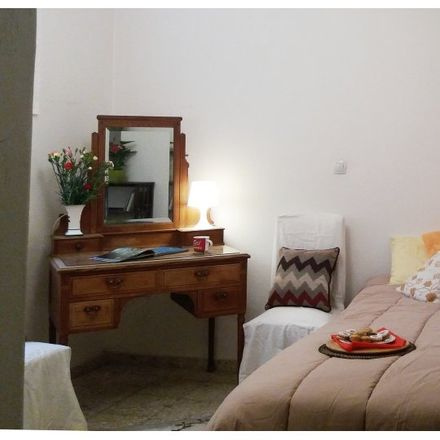 Rent this 3 bed room on Τοσίτσα 23 in 106 83 Athens, Greece