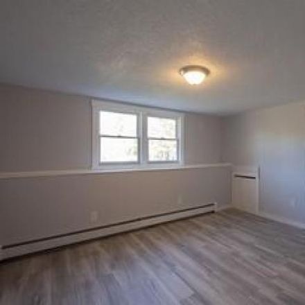 Rent this 3 bed house on 5 Tims Run in Gray, ME 04039