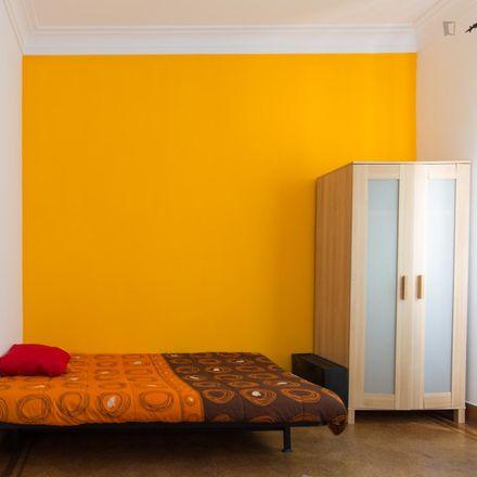Rent this 6 bed room on R. Nova do Desterro 33 in 1150-311 Lisboa, Portugal